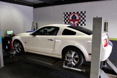 Mustang 2007 pour un réglage Géométrie